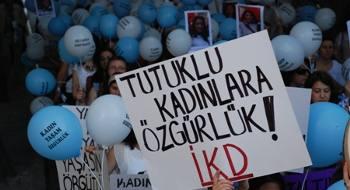 Ankara'da kadınlardan, KESK'li tutsak kadınlar için yürüyüş