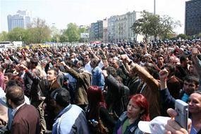 1 Mayıs'ta 1 Mayıs alanındayız!</br>Taksim'deyiz!